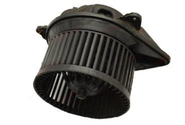 Мотор отопителя Nissan